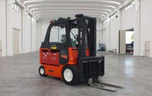 Carer explosion-proof forklift