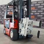 The z 60-80H2 by Carer Electric Forklift in a warehouse.
